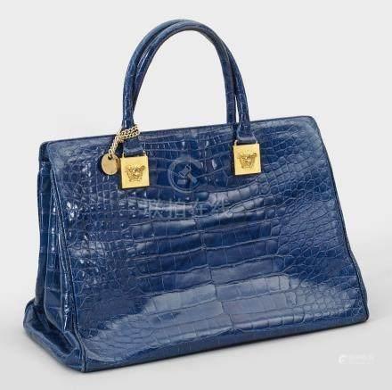 Vintage Handtasche von Gianni VersaceRoyalblau gefärbtes Krokodilleder sowie ve