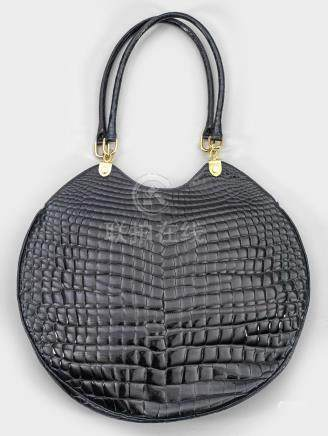 Große Vintage DamenhandtascheSchwarz glänzendes Kokodilleder und vergoldetesMet