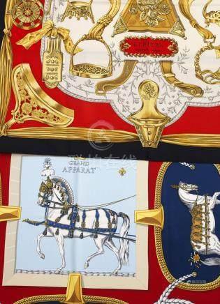 """Zwei Seidentücher """"Etriers"""" & """"Grand Apparat"""" von Hermès sog. """"le Carré"""". Quadr"""