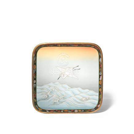 A GOOD AND LARGE JAPANESE CLOISONNE ENAMEL TRAY IN THE STYLE OF NAMIKAWA SOSUKE