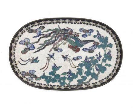 A Japanese cloisonné on porcelain serving tray, decorated with a phoenix. 19th centuryLengte 27 cm.