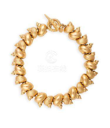 A SHELL NECKLACE, BY CHRISTIAN DIORComposed of a series of shell-shaped links,