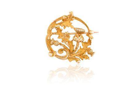 AN ART NOUVEAU GOLD BROOCH, BY RENE BOIVIN, CIRCA 1900Designed as an openwork c