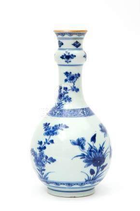 A blue & white bottle vase