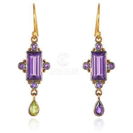 A PAIR OF AMETHYST AND PERIDOT EARRINGS in gold and