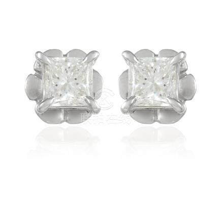 A PAIR OF 0.66 CARAT DIAMOND EAR STUDS in 18ct white