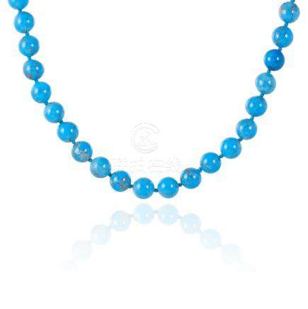 AN ANTIQUE TURQUOISE HARDSTONE BEAD NECKLACE comprising