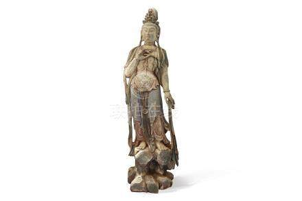 A LARGE CHINESE POLYCHROMED WOOD FIGURE OF GUANYIN.