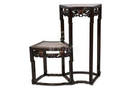 A CHINESE HONGMU DOUBLE MARBLE-INLAID STAND.