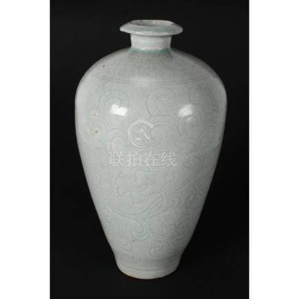 Chinese Song Dynasty (AD 960-1127) Meiping Vase,
