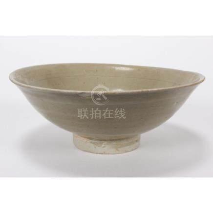 Chinese Song/Yuan Dynasty Celadon Bowl,