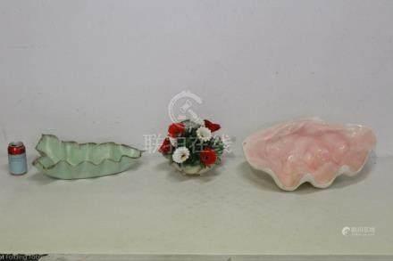 3 large pottery porcelain pieces