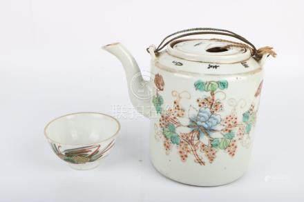 Set of tea pot