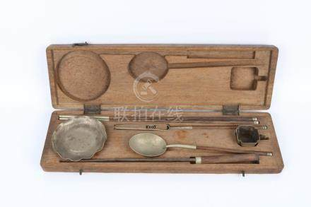 Set of tableware with original wooden box