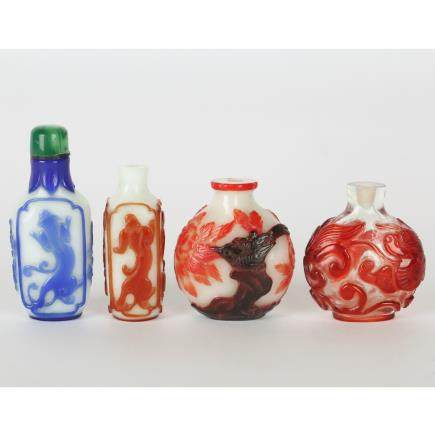 CHINESE SET OF 4 SNUFF BOTTLE