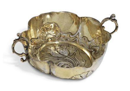 A GERMAN SILVER-GILT SMALL SWEETMEAT DISH
