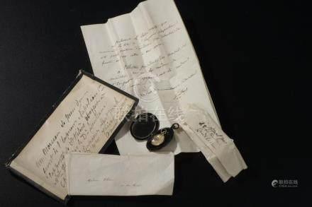 Relique de Sainte-Hélène.Lettre de demi-deuil, marqué en relief au dos « Love 3