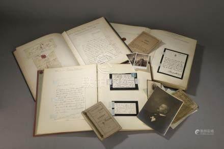 ALBUMS D'AUTOGRAPHES. 3 albums d'autographes provenant de la famille de MASSA ;