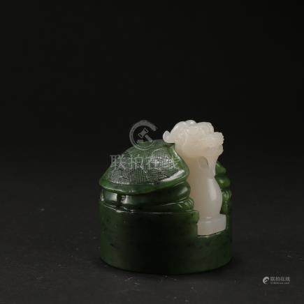 CHINESE SPINACH WHITE JADE BEAST SEAL