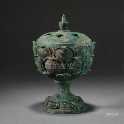 CHINESE BRONZE LIDDED LOTUS INCENSE CAGE