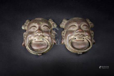 铜 童子面具(一对) A Pair of Bronze Fairy Mask 高(Height):17.5cm 宽(Width):13.5cm