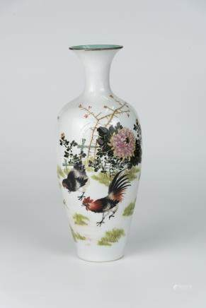 民国 粉彩画鸡瓶 (邹杰) Republic Period, Famille-Rose Vase Painted Floral and Cock (Zou Jie) 高(Height):27cm