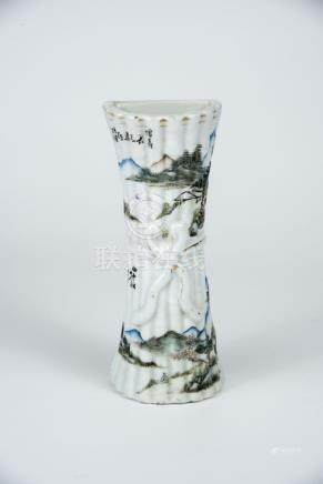 民国 仿竹水彩山水壁瓶 Republic Period, Bamboo-Form Landscape Wall-Hung Vase 高(Height):19.5cm