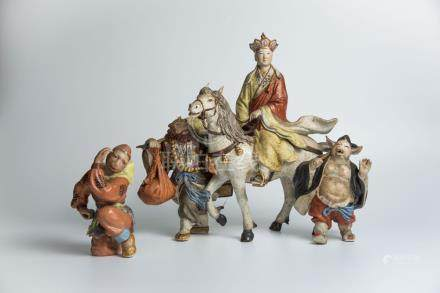 唐僧师徒取经四个人A Group of Porcelain Figures depicting Monk and Disciples on Journey to the West 高(Height):35cm 长(Length):52cm