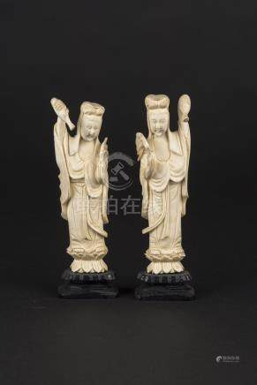 民国象牙观音Republic Period, Two Ivory Guanyin 高(Height):14cm 重(Weight):145g