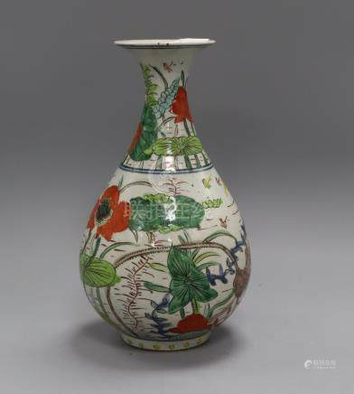 A Chinese wucai vase height 26cm