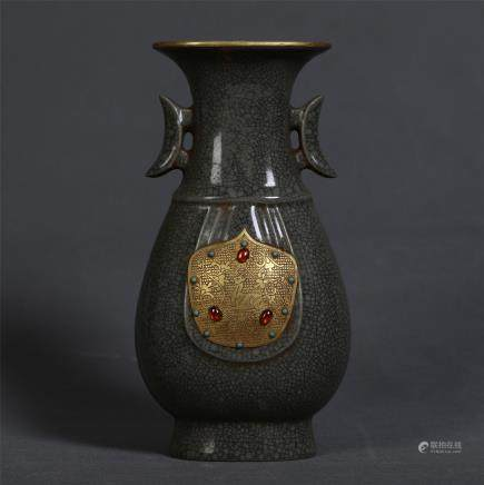 CHINESE PORCELAIN GOLD COVERED RU GLAZE VASE