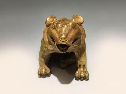 汉代铜鎏金熊