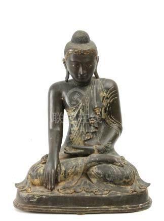 19th century Chinese bronze sculpture of Buddha