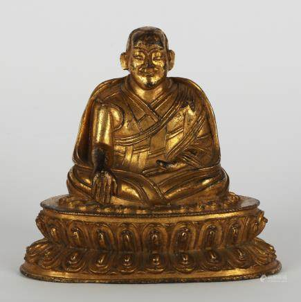 CHINESE GILT BRONZE FIGURE OF BUDDHA