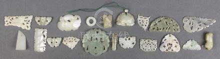 (lot of 20) Chinese jade/hardstone toggles and plaques: motifs including butterflies, bats,
