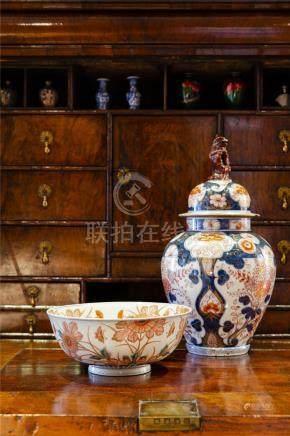 日本伊万里瓷盖罐、瓷碗