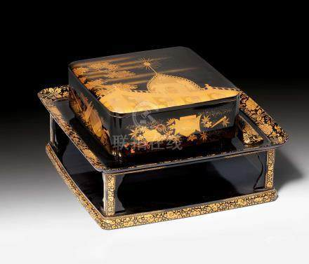 A FINE ROIRO AND GOLD MAKIE RICE BOX WITH STAND AND SPOON.