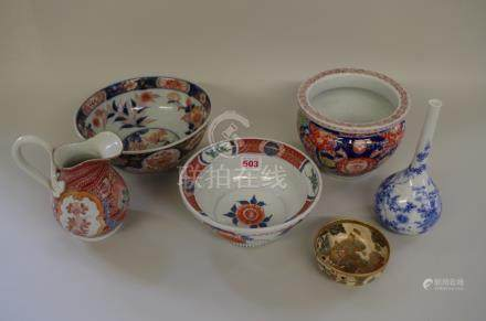 A small collection of Japanese pottery and porcelain.