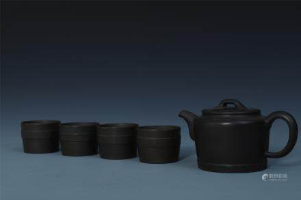 A Set of Chinese Zisha Teapot