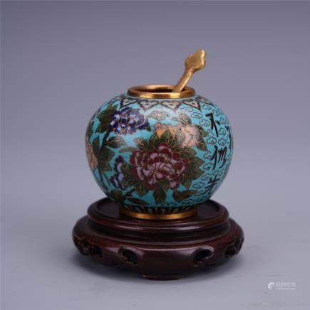 A Chinese Enamelled Brush Washer with Floral Motif