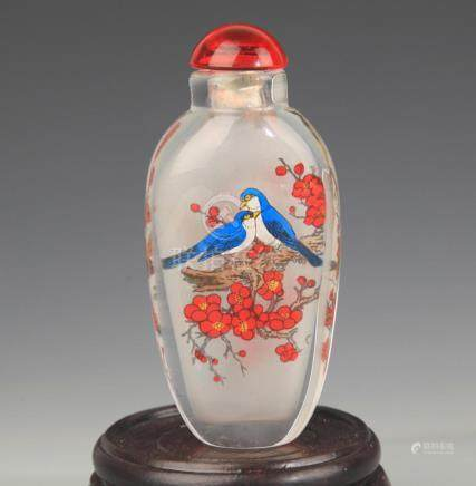 A FINE MAGPIE PAINTED GLASS SNUFF BOTTLE
