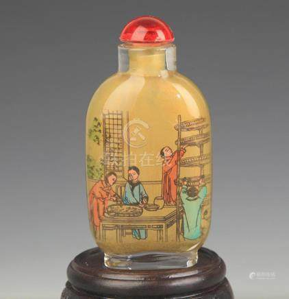 A STORY PAINTED PAINTED GLASS SNUFF BOTTLE