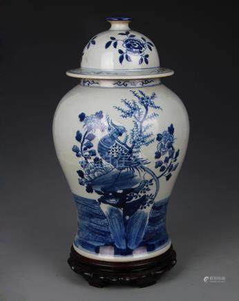 BLUE AND WHITE STORY PAINTED GENERAL JAR STYLE