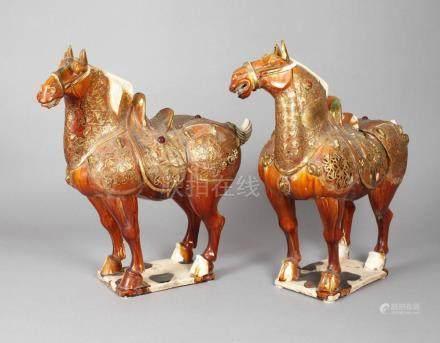 Paar große Keramik Pferde