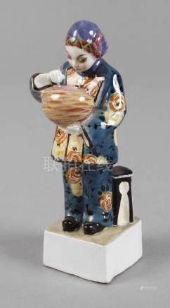 Kleine Figur Chinesin mit Vase