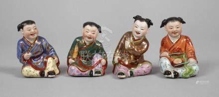 Vier Porzellanfiguren