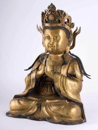 Exzellente und große Bronze der Guanyin China 19. Jhd.äußerst imposante Lack- und feuervergoldete