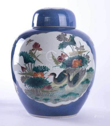 Ingwertopf China Qing DynastieDaoguang 1820-1830, schau- und rückseitig mit polychromer