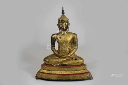 Buddah Shakyamuni, im Meditationssitz über einem hohen, getreppten Sockel, Thailand, Ratanakosin, 19