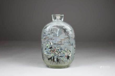 Große Snuff Bottle, China, Glas, mit Innenmalerei von der Fabrik Bo-Shan in Shangdong, H.: 14,3